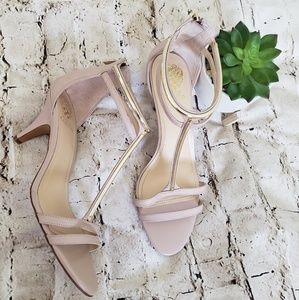 VINCE CAMUTO STRAPPY HEELS SIZE 10M NWOB